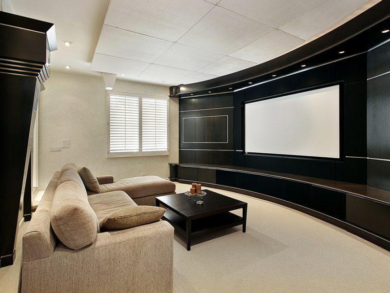 Theater Room With Wide Screen - Laguna Beach CA